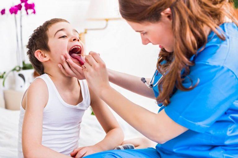 Specjalista z Białegostoku od chorób gardła