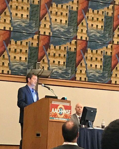 Prof. Tucker Woodson (USA) podczas swojego wykładu