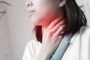ból gardła u laryngologa