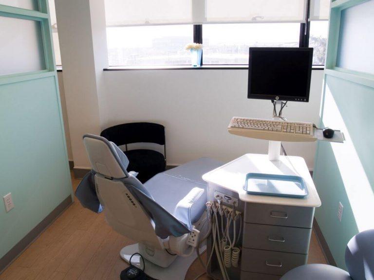 Wyposażenie gabinetu laryngologicznego Białystok